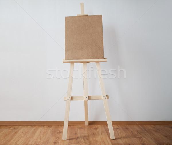 Fából készült festőállvány művészet stúdió képzőművészet kreativitás Stock fotó © dolgachov