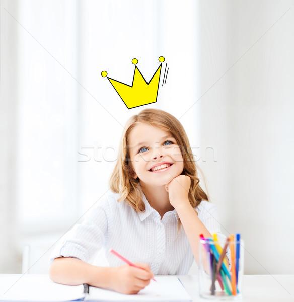 Mosolyog kicsi iskolás lány rajz otthon oktatás Stock fotó © dolgachov