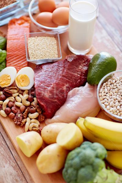 異なる 食品 表 バランスの取れた食事 料理 ストックフォト © dolgachov