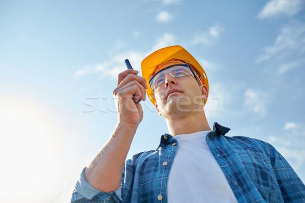 Stock fotó: építész · munkavédelmi · sisak · adóvevő · ipar · épület · technológia