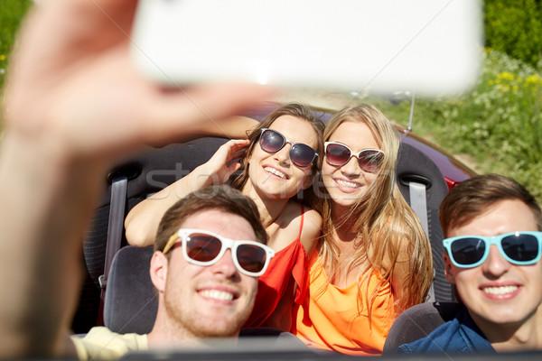Amici guida cabriolet auto tempo libero Foto d'archivio © dolgachov