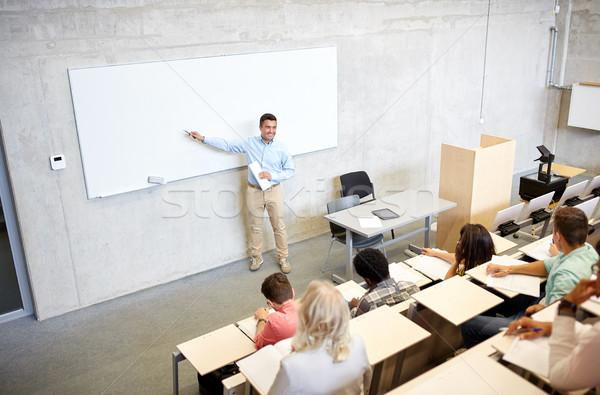 Grupy studentów nauczyciel wykład edukacji liceum Zdjęcia stock © dolgachov