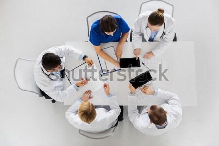 Doktor bir şey hayali tablo tıp Stok fotoğraf © dolgachov