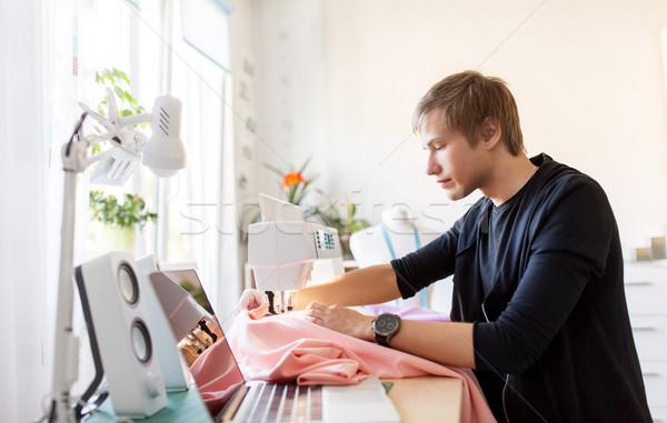 моде дизайнера швейные машины рабочих люди одежду Сток-фото © dolgachov