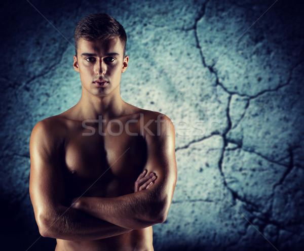 Giovani maschio bodybuilder nudo muscolare torso Foto d'archivio © dolgachov