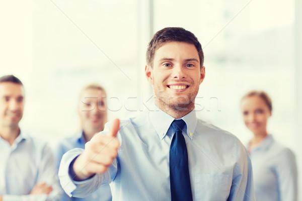Foto stock: Sonriendo · empresario · oficina · gente · de · negocios