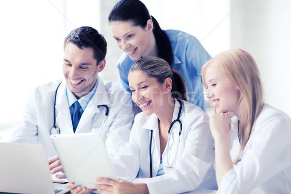 Сток-фото: группа · врачи · глядя · здравоохранения · медицинской