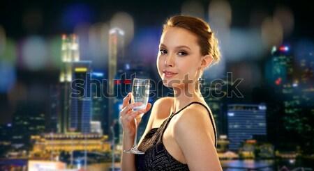 美しい 小さな アジア 女性 イヤリング 美 ストックフォト © dolgachov