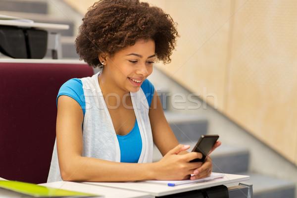 Сток-фото: африканских · студент · девушки · смартфон · лекция · образование