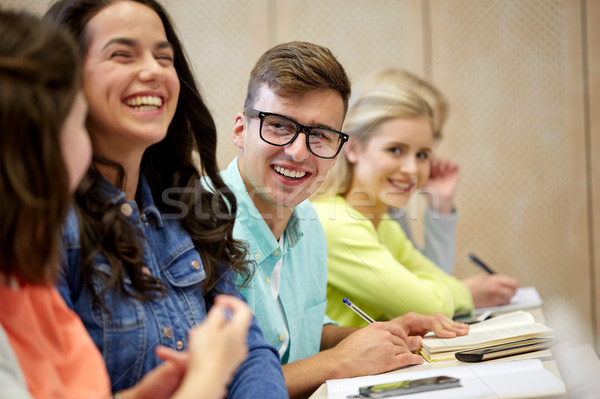 グループ 学生 講義 教育 高校 大学 ストックフォト © dolgachov