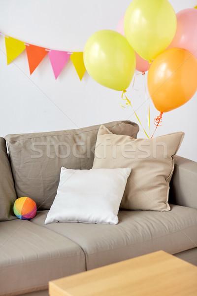 Kanapé otthon szoba díszített születésnapi buli ünneplés Stock fotó © dolgachov