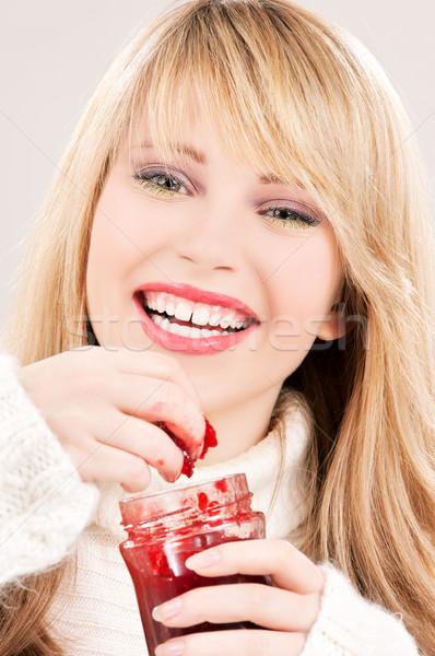 Stok fotoğraf: Mutlu · genç · kız · ahududu · reçel · resim · kadın