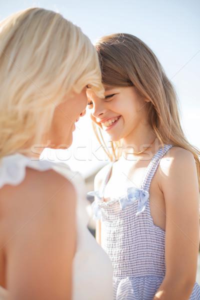 Gelukkig moeder kind meisje zomer vakantie Stockfoto © dolgachov