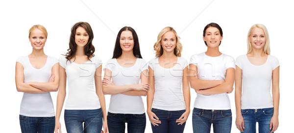 Foto stock: Grupo · sorridente · mulheres · branco · roupa · projeto