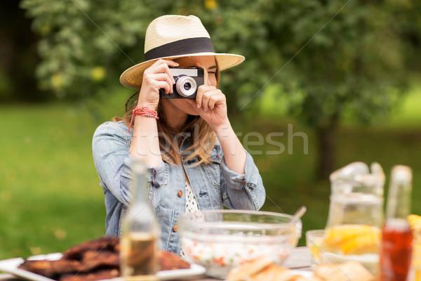 Stockfoto: Vrouw · camera · schieten · buitenshuis · fotografie