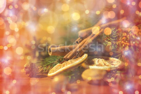 Рождества ель филиала корицей сушат оранжевый Сток-фото © dolgachov