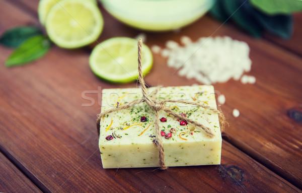 ハンドメイド 石鹸 バー 木材 ストックフォト © dolgachov