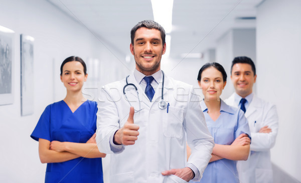 Artsen ziekenhuis tonen beroep mensen Stockfoto © dolgachov