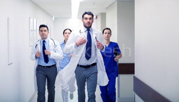 Сток-фото: группа · ходьбе · больницу · клинике · люди