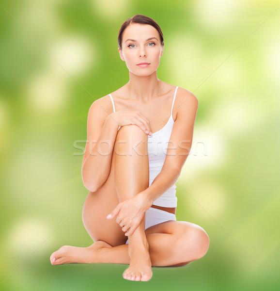 Güzel bir kadın beyaz pamuk iç çamaşırı sağlık güzellik Stok fotoğraf © dolgachov