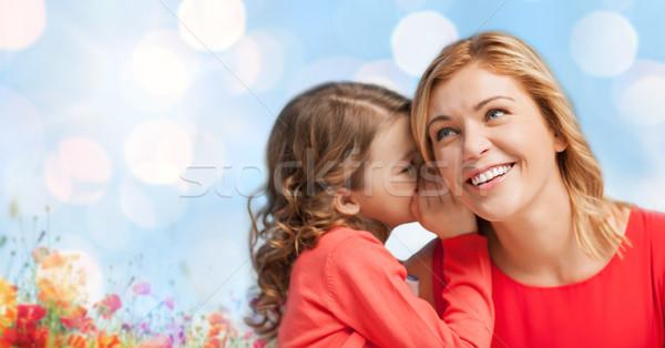 Heureux fille chuchotement potins mère personnes Photo stock © dolgachov