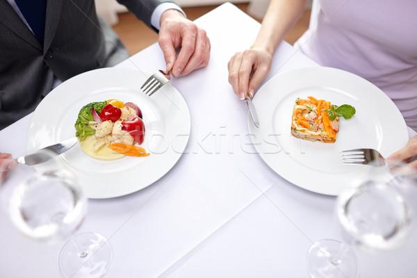 Coppia mangiare antipasti ristorante cibo ristorante Foto d'archivio © dolgachov