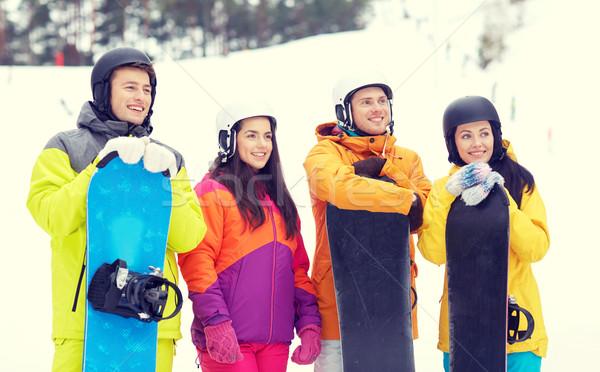 Feliz amigos cascos invierno ocio Foto stock © dolgachov