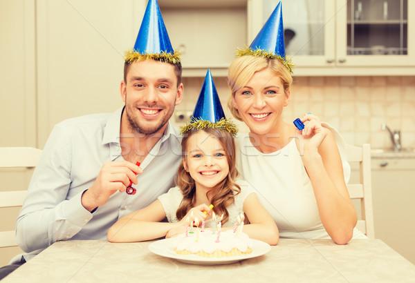 Stockfoto: Glimlachend · familie · Blauw · hoeden · gunst
