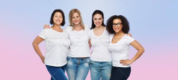 Grupo feliz diferente mulheres branco amizade Foto stock © dolgachov