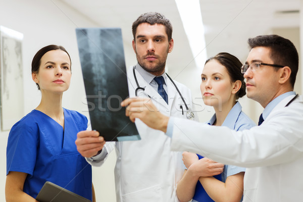 Grup omurga xray taramak hastane klinik Stok fotoğraf © dolgachov