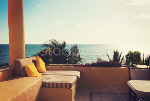 Zee balkon home hotelkamer vakantie Stockfoto © dolgachov