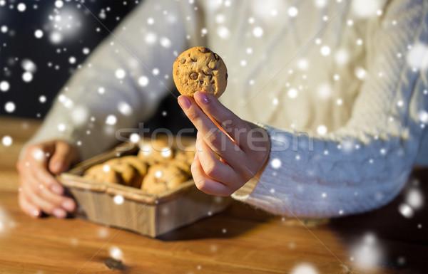 Közelkép nő zab sütik otthon sütés Stock fotó © dolgachov