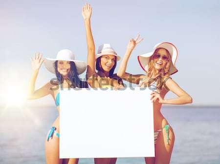 幸せ 若い女性 ホワイトボード 夏 ビーチ 休日 ストックフォト © dolgachov
