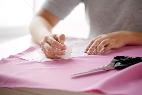 женщину шаблон рисунок мелом ткань люди рукоделие Сток-фото © dolgachov