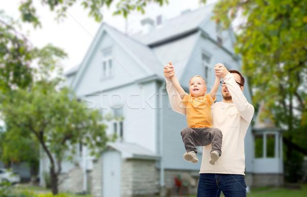 Syn ojca gry rodziny dzieciństwo ojcostwo Zdjęcia stock © dolgachov