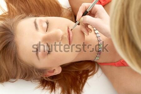 Groene verlangen portret leggen blond meisje Stockfoto © dolgachov