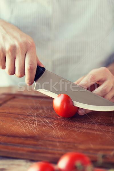 мужчины стороны томатный совета ножом Сток-фото © dolgachov