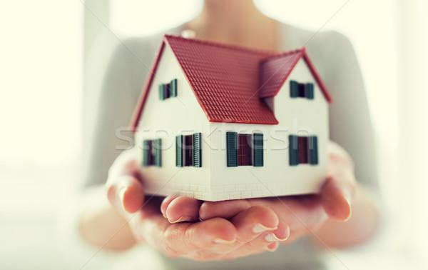 Manos casa casa modelo Foto stock © dolgachov