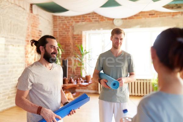 Foto d'archivio: Persone · gruppo · yoga · studio · palestra · fitness · sport