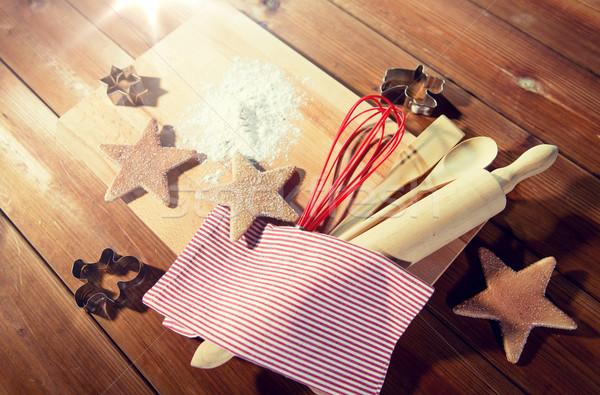 Piernik sprzęt kuchenny zestaw gotowania Zdjęcia stock © dolgachov