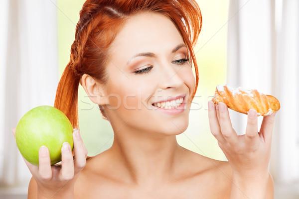Stock fotó: Csinos · nő · alma · torta · kép · nő · boldog
