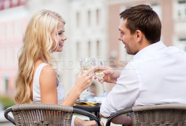Paar drinken wijn cafe zomer vakantie Stockfoto © dolgachov