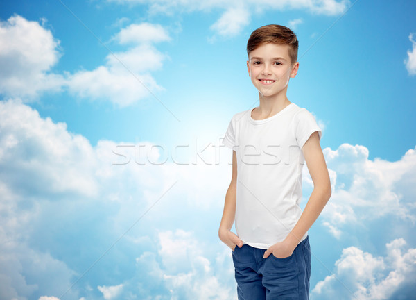 Biały tshirt dżinsy dzieciństwo moda Zdjęcia stock © dolgachov