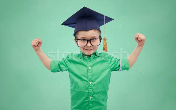 Vrijgezel hoed tonen macht jeugd Stockfoto © dolgachov