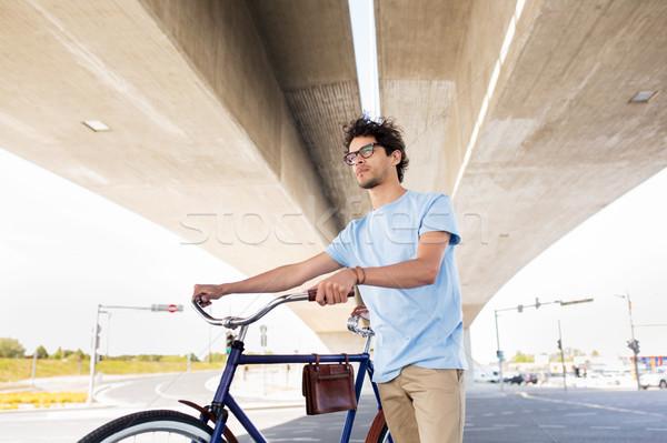 человека зафиксировано Gear велосипедов моста Сток-фото © dolgachov