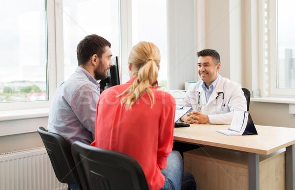 Paar arts familie planning kliniek geneeskunde Stockfoto © dolgachov