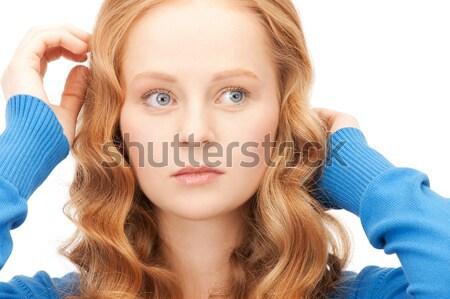 Genç kız dinleme dedikodu parlak resim kadın Stok fotoğraf © dolgachov