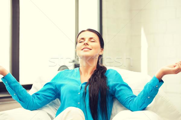 Nő meditáció fényes kép gyönyörű nő kezek Stock fotó © dolgachov