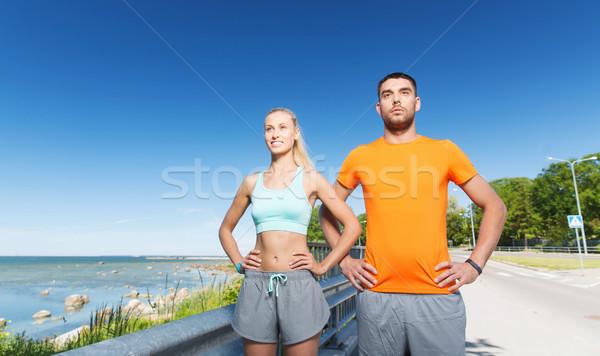 Feliz casal verão beira-mar fitness Foto stock © dolgachov
