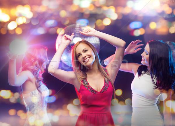 Glücklich Frauen Tanz Nachtclub Party Feier Stock foto © dolgachov
